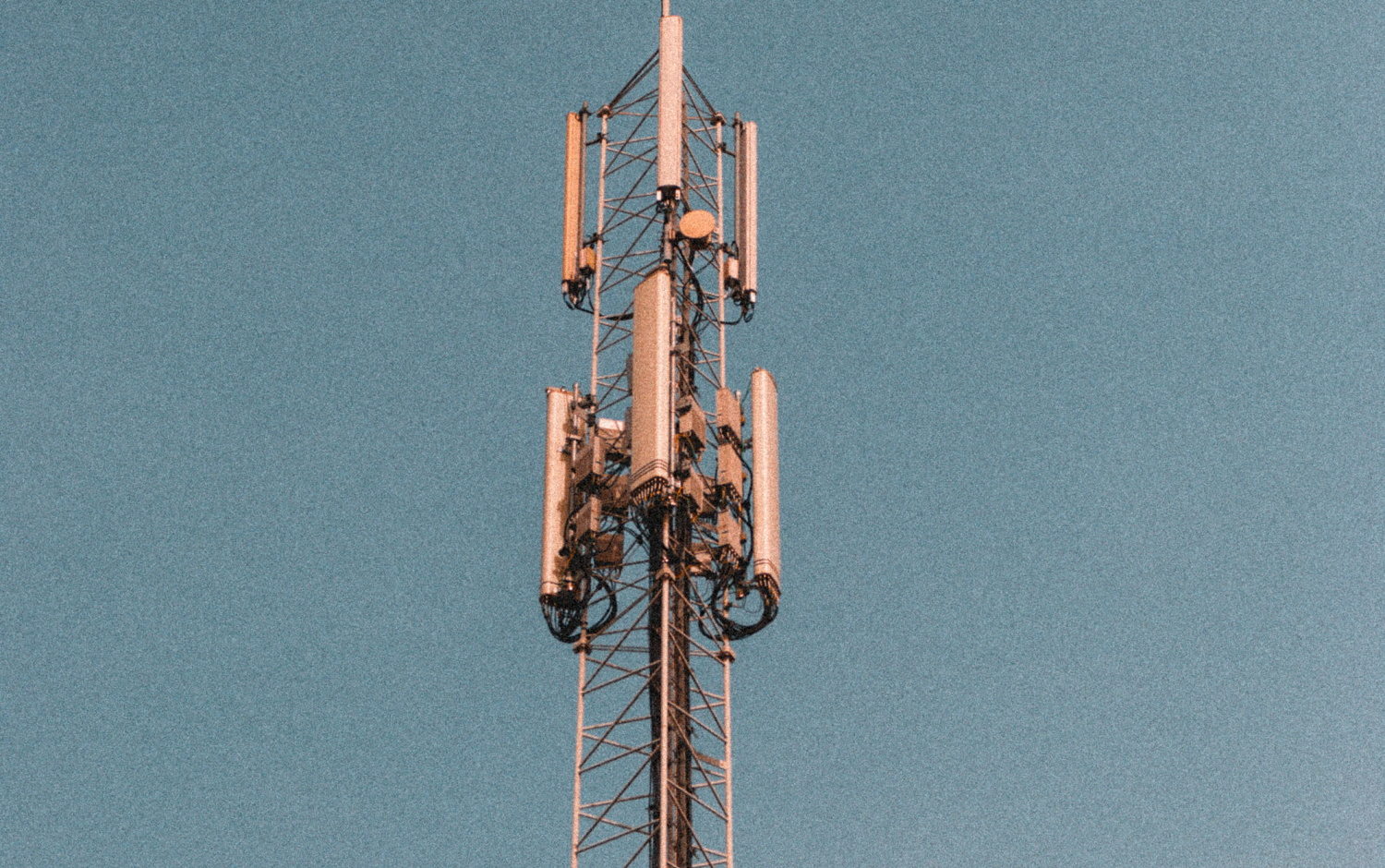 New 5G protocol vulnerabilities allow location tracking