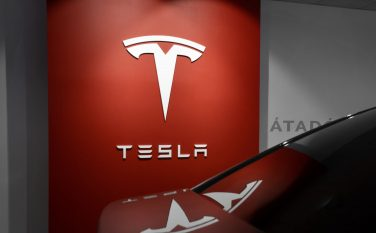 Dutch forensic lab decrypts Tesla's driving safety data and finds a wealth of information
