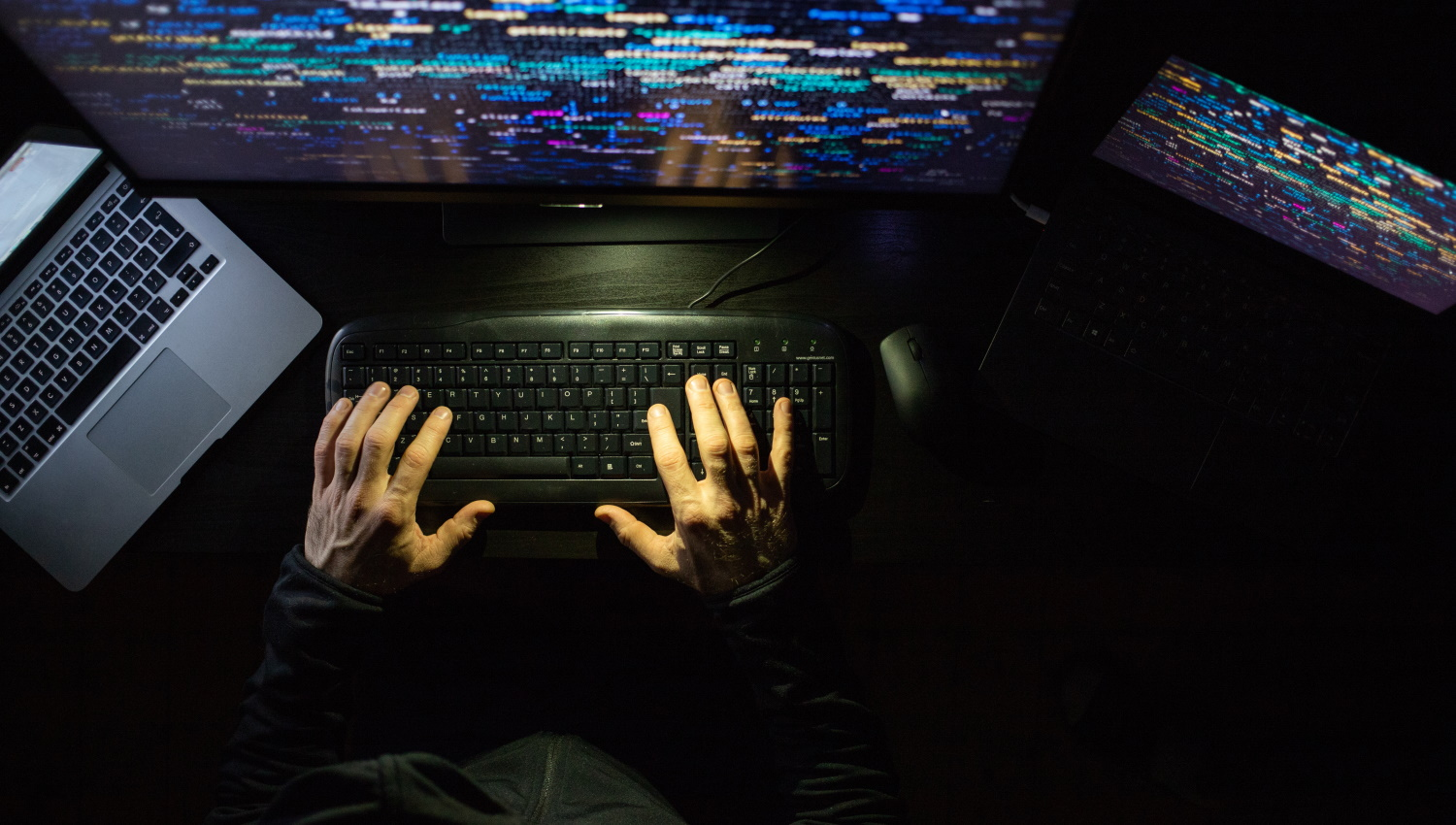 US says APTs are using Fortinet bugs to gain initial access for future attacks
